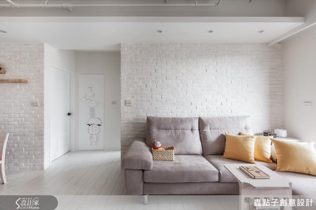 雖然以純白色為主軸,但可利用木地板、文化石增添層次。 看完整純白空間>> 點此看圖庫