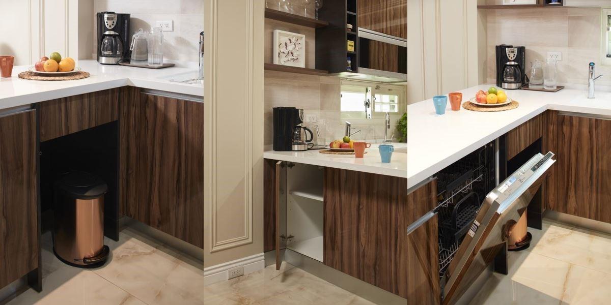 別出心裁的廚房中島設計。左:開放式垃圾桶收納,中:供客廳使用的收納櫃,右:中島內側設計便利的洗碗機。