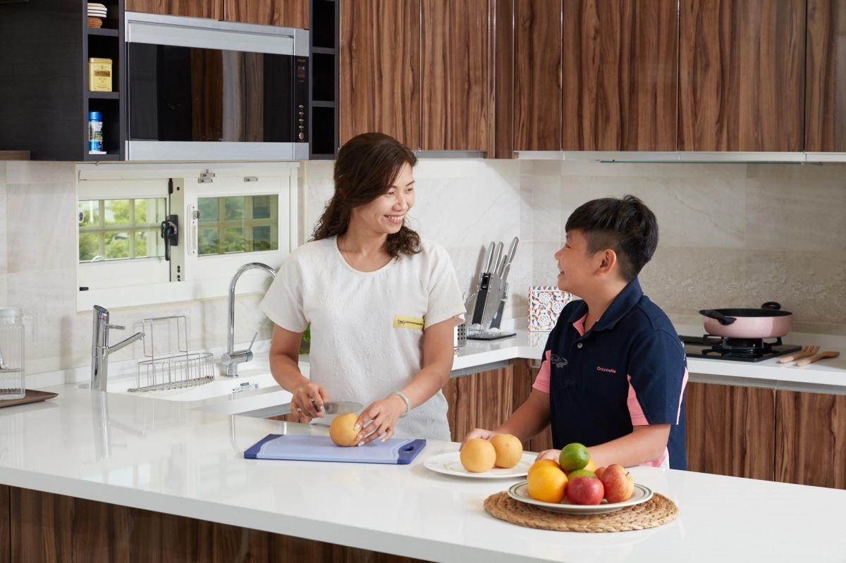 充沛的自然光引入,營造出溫馨的廚房環境,無形中增進家人情感交流。