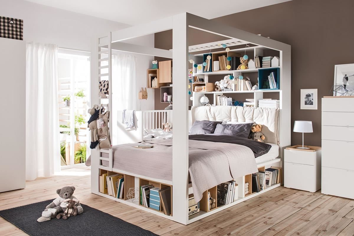 VOX 家具以「中性」的設計為主,提供你多元的配件選擇,自由定義家具的功能與溫度,像 4 YOU 系列四柱床即可搭配同系列多色置物木盒、床頭靠枕,為家具妝點出溫馨風貌。