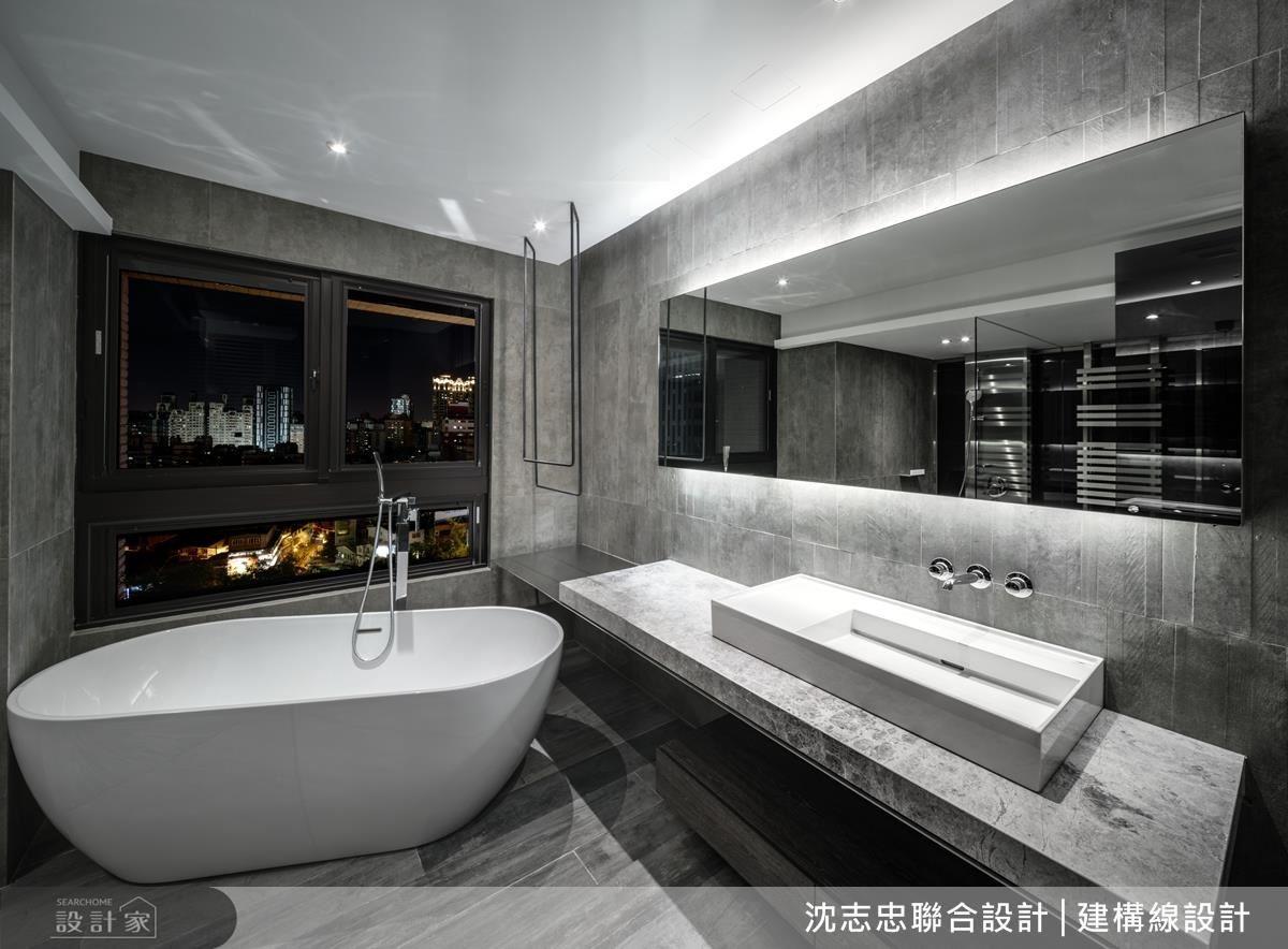 乳白的浴缸、垂吊的毛巾架、輕量的洗手檯,結合不同材質特性,創造空間美學。