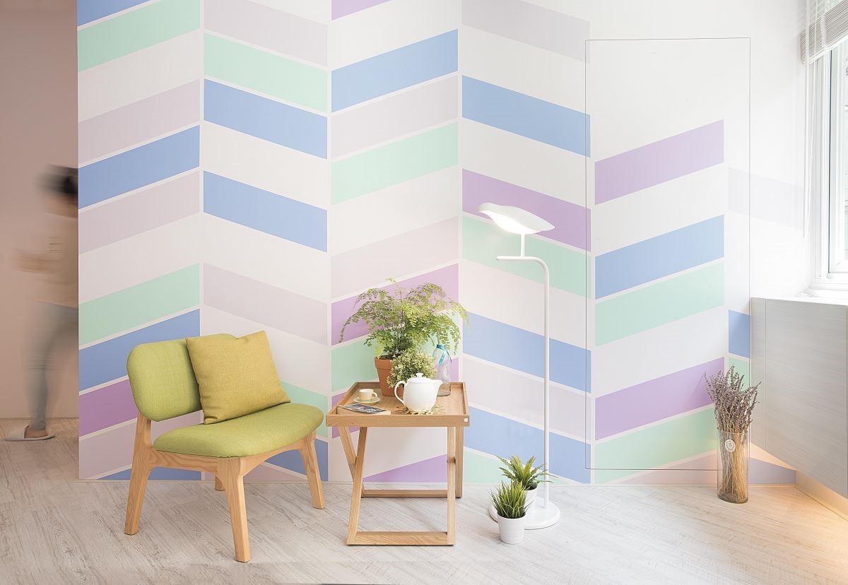 「調色盤」藉由粉嫩的五色調配,替 16 坪的小宅賦予新生命,展現繽紛與溫馨兼備的美麗家屋。