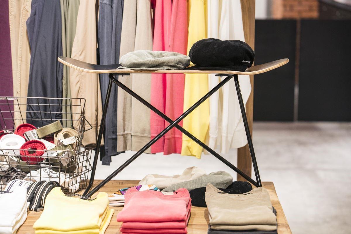 滑板造型、潮流感十足的小矮凳,是niko and...一開店就熱賣的商品!