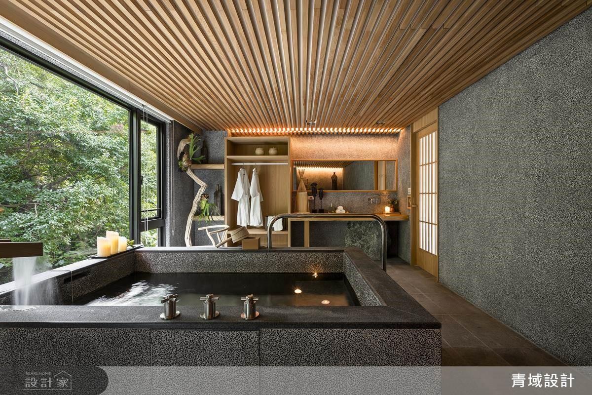 呼應戶外景致,引入檜木、原石、枯木等自然要素,創造愜意幽靜日式湯屋。
