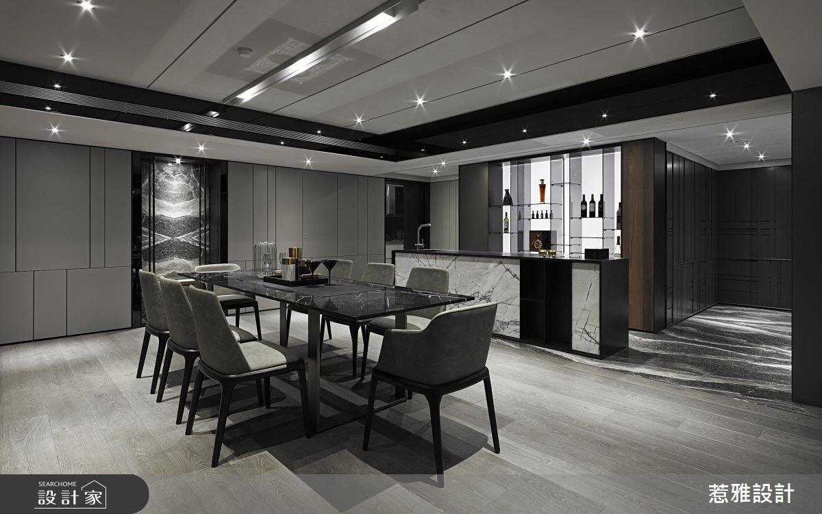 餐廳中以輕盈穿透感的吧檯設計,提升生活品味與質感。