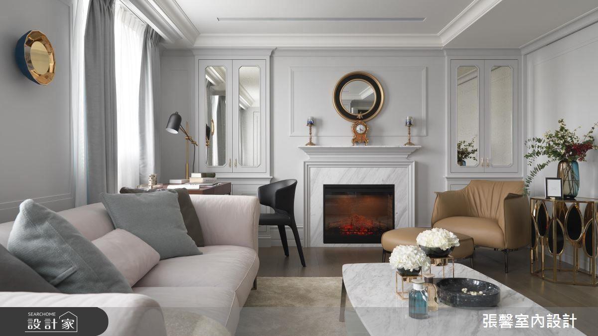以舒服、輕柔的冷灰色系構築客廳空間,襯托屋主溫柔、獨立的性格。