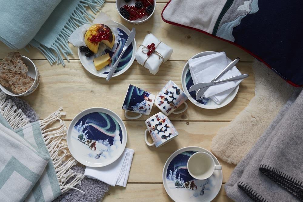 聖誕老公公圖案的杯盤,很適合和家人一同享受並分享聖誕時光。(圖片提供_台灣可本哈根)