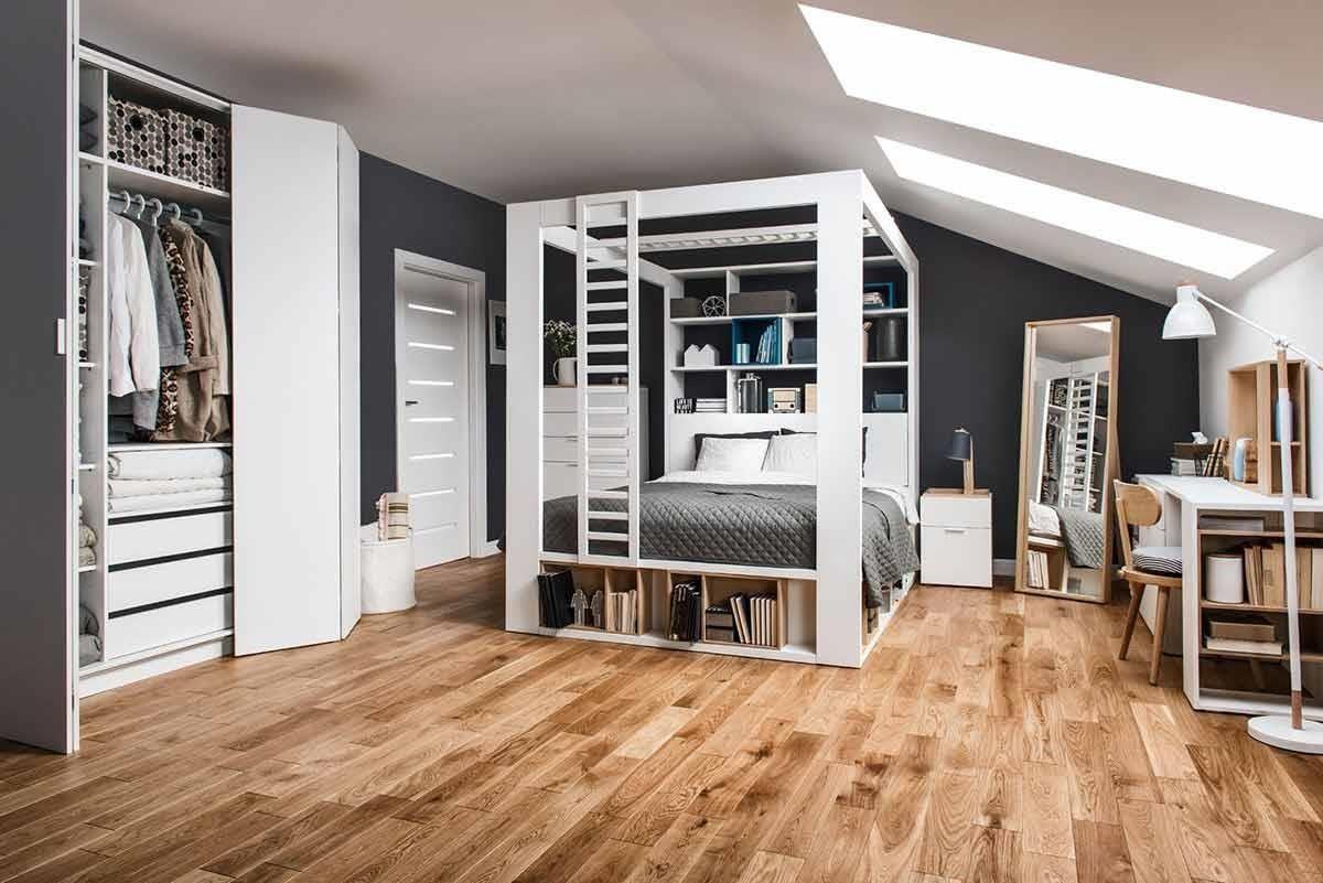 4 YOU 系列最引人注目的產品,莫過於這一款四柱床組,就像間機能完備的獨立套房,可結合影音娛樂投影、櫃體、裝飾梯架,甚至是延展出書櫃或工作桌,足足 87 種變化創意,讓生活樂趣多得說不完。