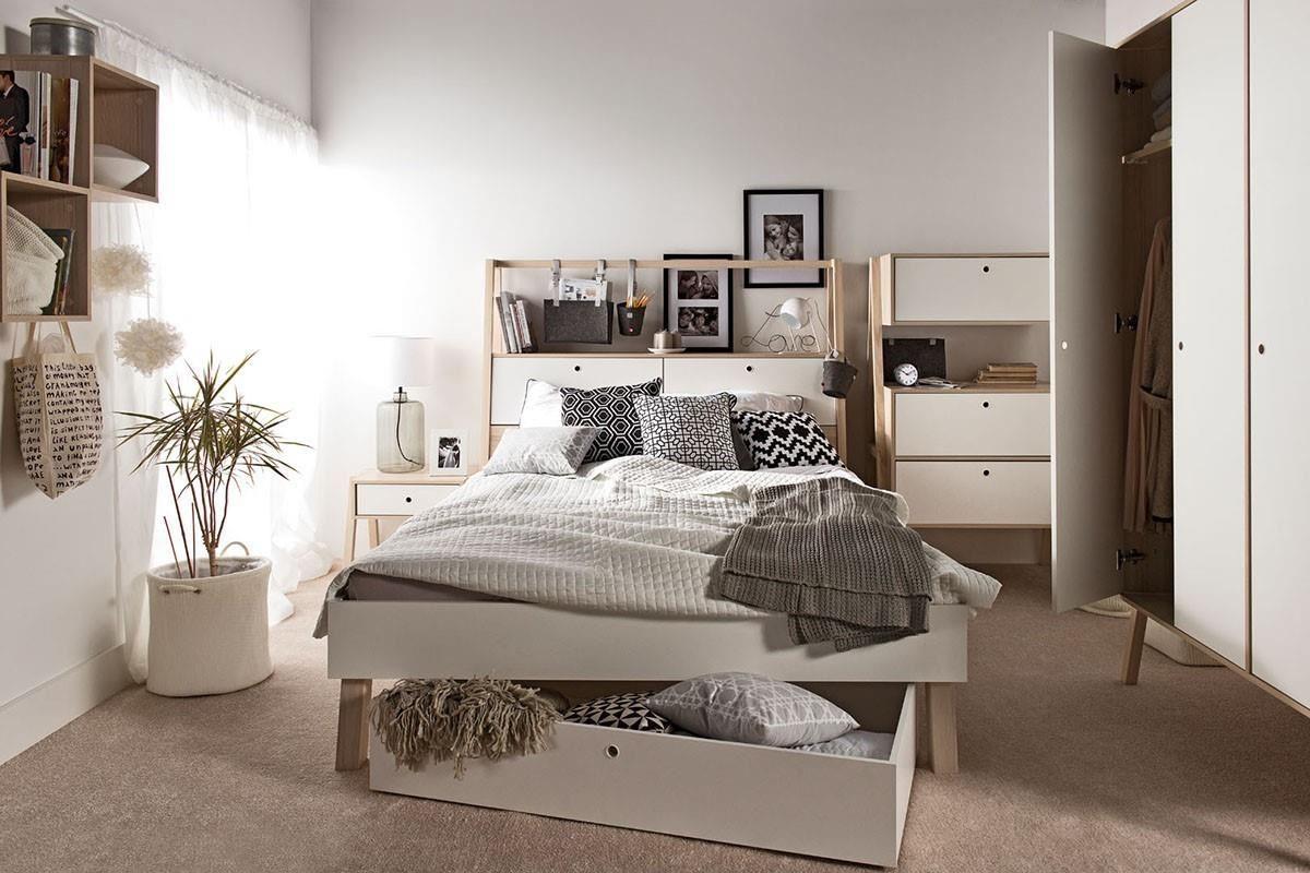 SPOT 系列推出的床組延續清新自然主題,強大收納機能加上多樣化創意,讓您就算睡覺也絕對與眾不同,床下可放收納盒,也非常實用喔。