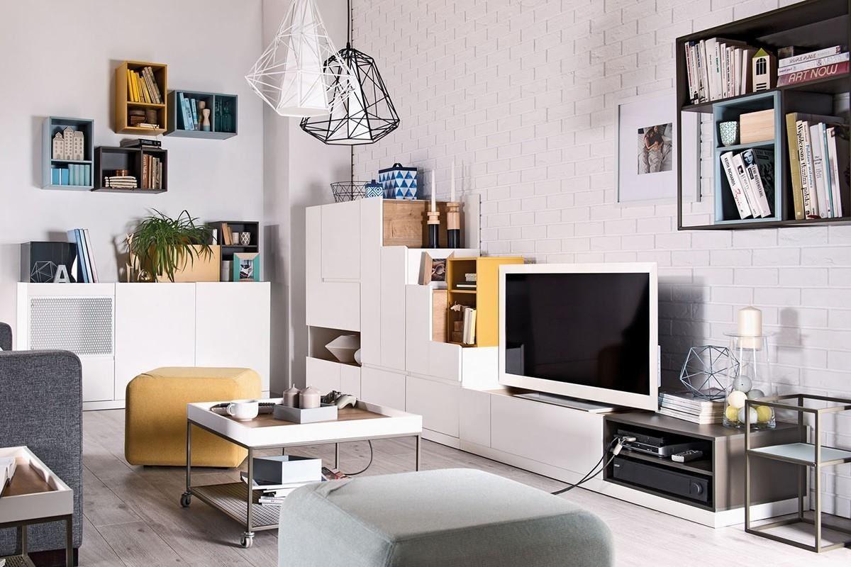 MUTO 系列以木頭、玻璃以及鐵件,為現代微型公寓提供最客製化的收納方案,在家具比例改變後依然保有充足的收納空間,可搭配同系列多色收納木箱(石墨灰 / 芥末黃 / 天空藍 / 灰玻璃),增加空間佈置的靈活度。