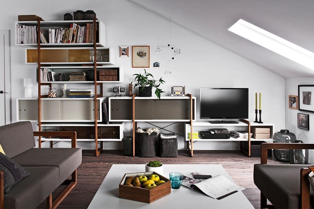 MIO 系列組合式收納櫃可串接、可獨立的多重組合方式,當作櫥櫃、電視櫃、書櫃、展示櫃都能遊刃有餘,朋友們大可盡情發揮創意!
