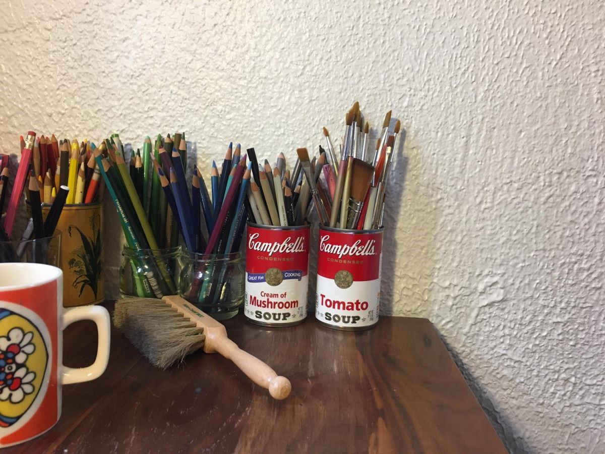 作畫不可缺少的鉛筆及色鉛筆。