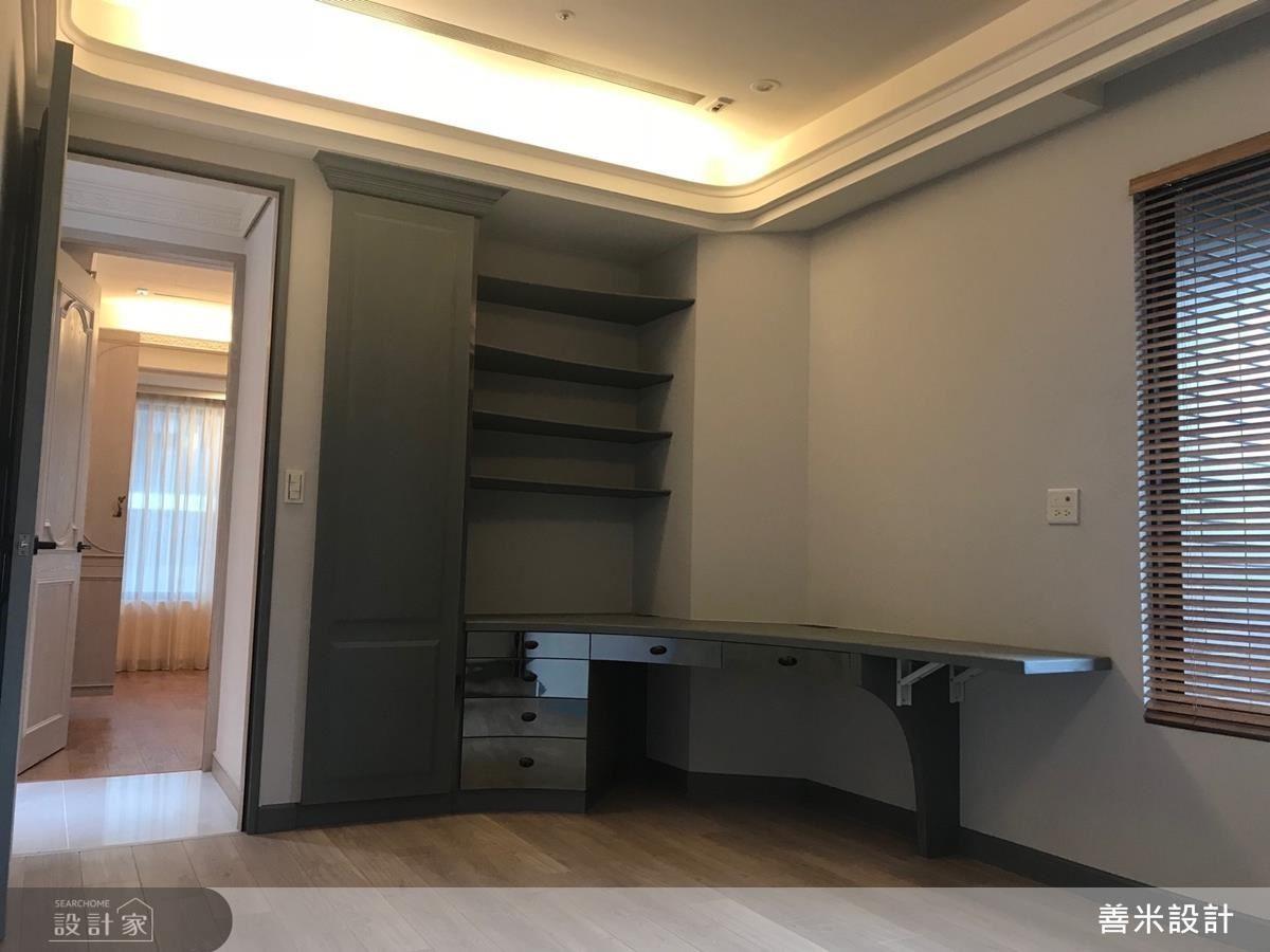 兒子房則依照孩子個性捨去繁複設計,以灰調、淺木色鋪陳穩重氛圍,並使用弧線、美耐板增加空間與實用機能,營造現代簡約感。