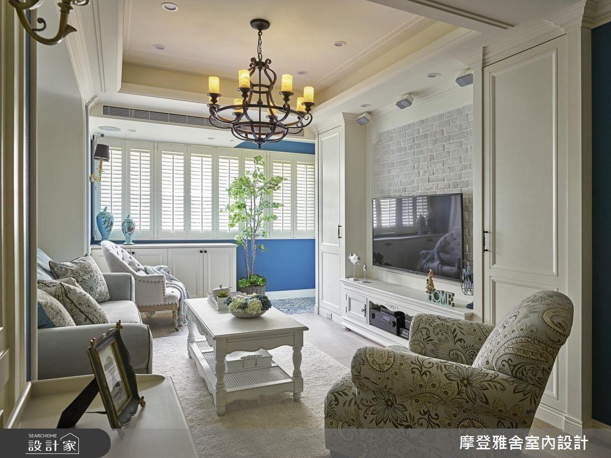 舒適清新藍白色彩,構築優雅自在鄉村美宅。