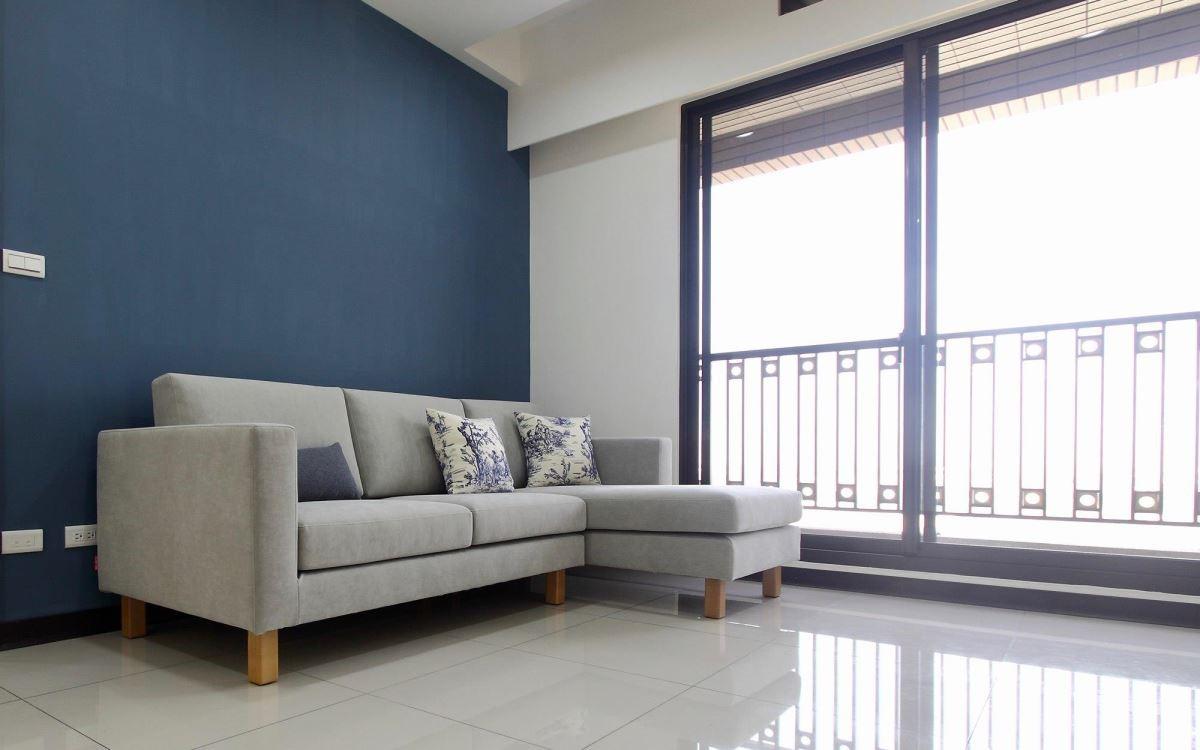 灰色是百搭的顏色,讓雙子星沙發散發優雅氣息。