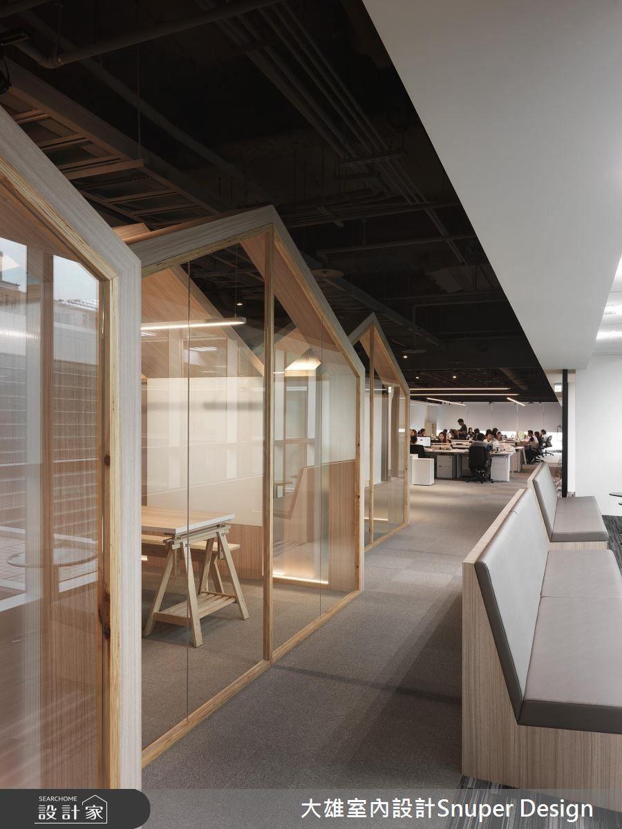 以「街道」意象的長廊道設計串聯各個空間。