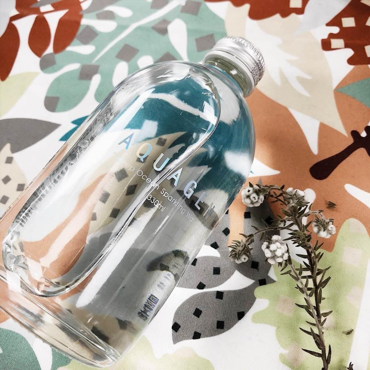 使用素材:玻璃瓶裝的海洋天然水。