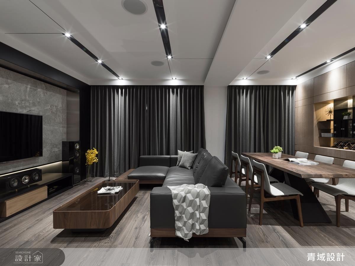開放式客餐廳利用樑柱界定空間場域,但同時保有雙向互動,促進全家人聚餐時情感的聯繫。