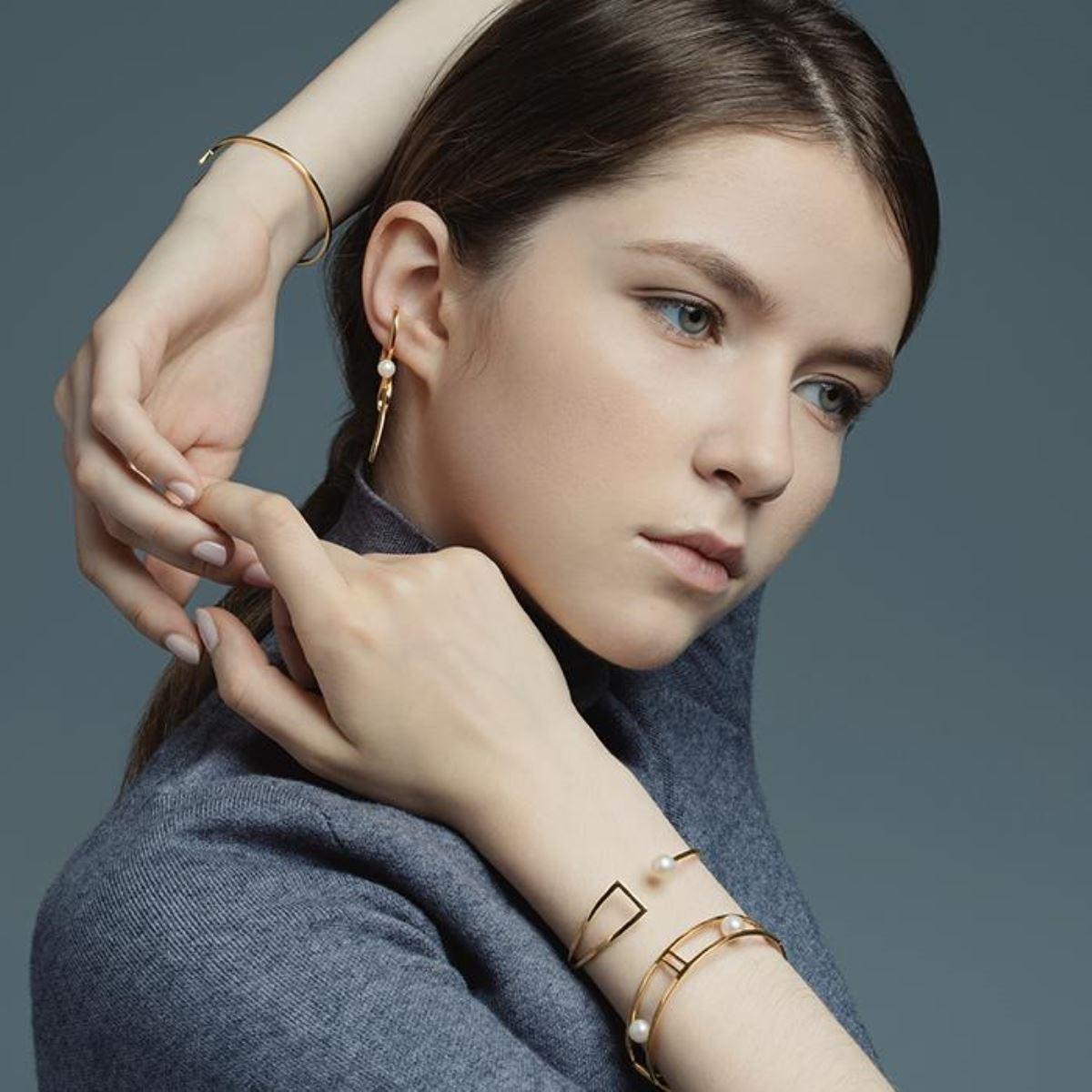 Michi Liang Jewelry掛耳式耳環形象圖(Michi Liang提供)
