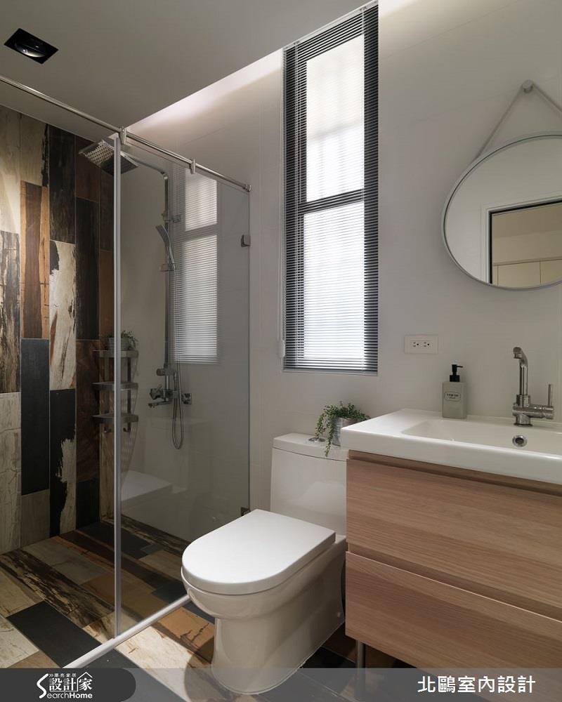 撞色木紋磚地坪連結立面,帶出空間活潑特色!看完整圖庫