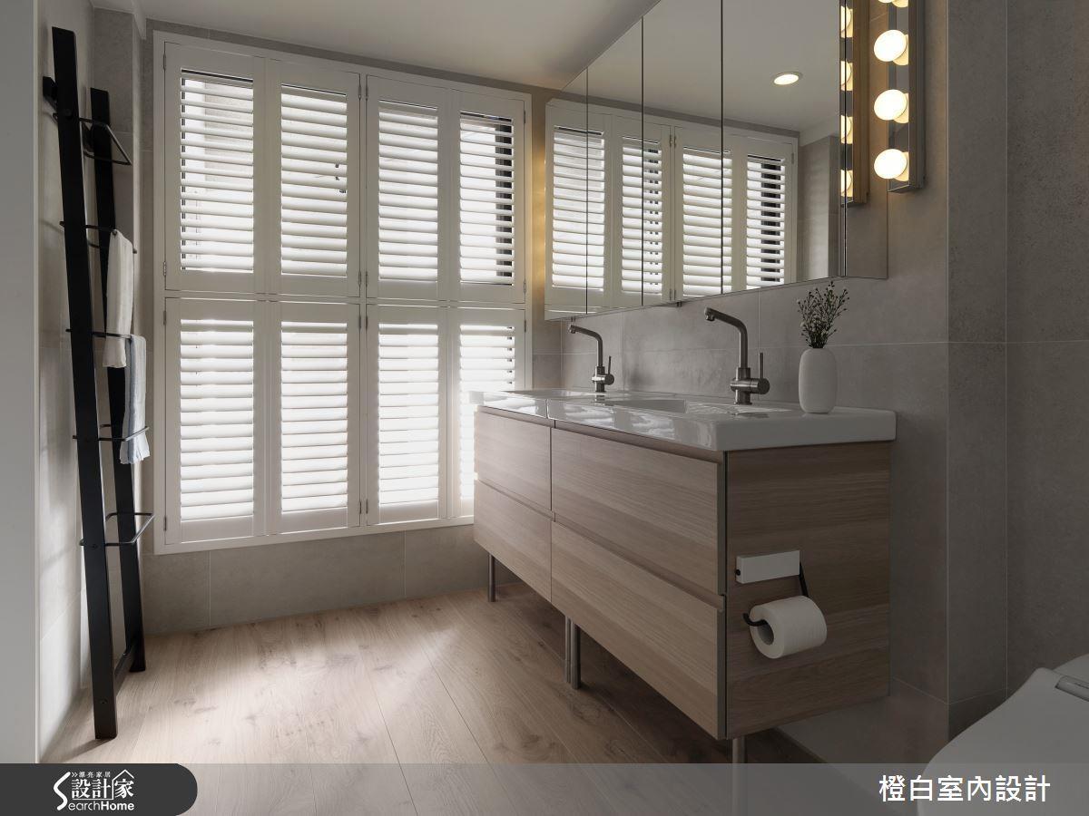 乾、濕分離,利用乾處的大量木質家具打造整體木質氛圍,淋浴或浴缸部分則可以異材質地坪降低潮濕風險。>>看完整圖庫