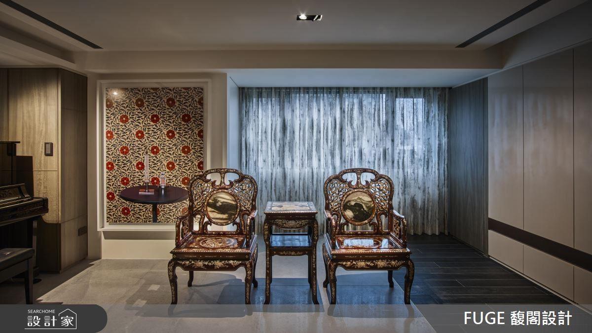 以爺爺傳承單椅為主景,框塑出獨一無二的新中式居家風情。