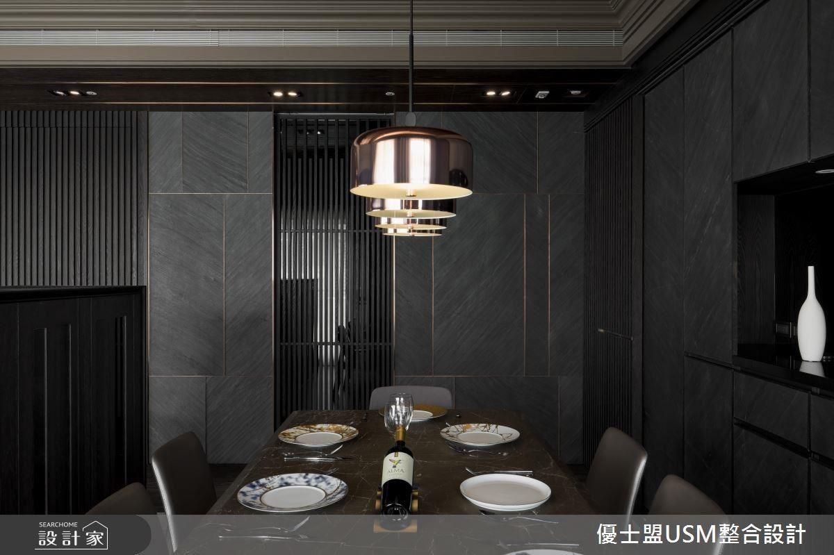 櫃體細節處揉合邊框修飾,展現舒適的居家情境。