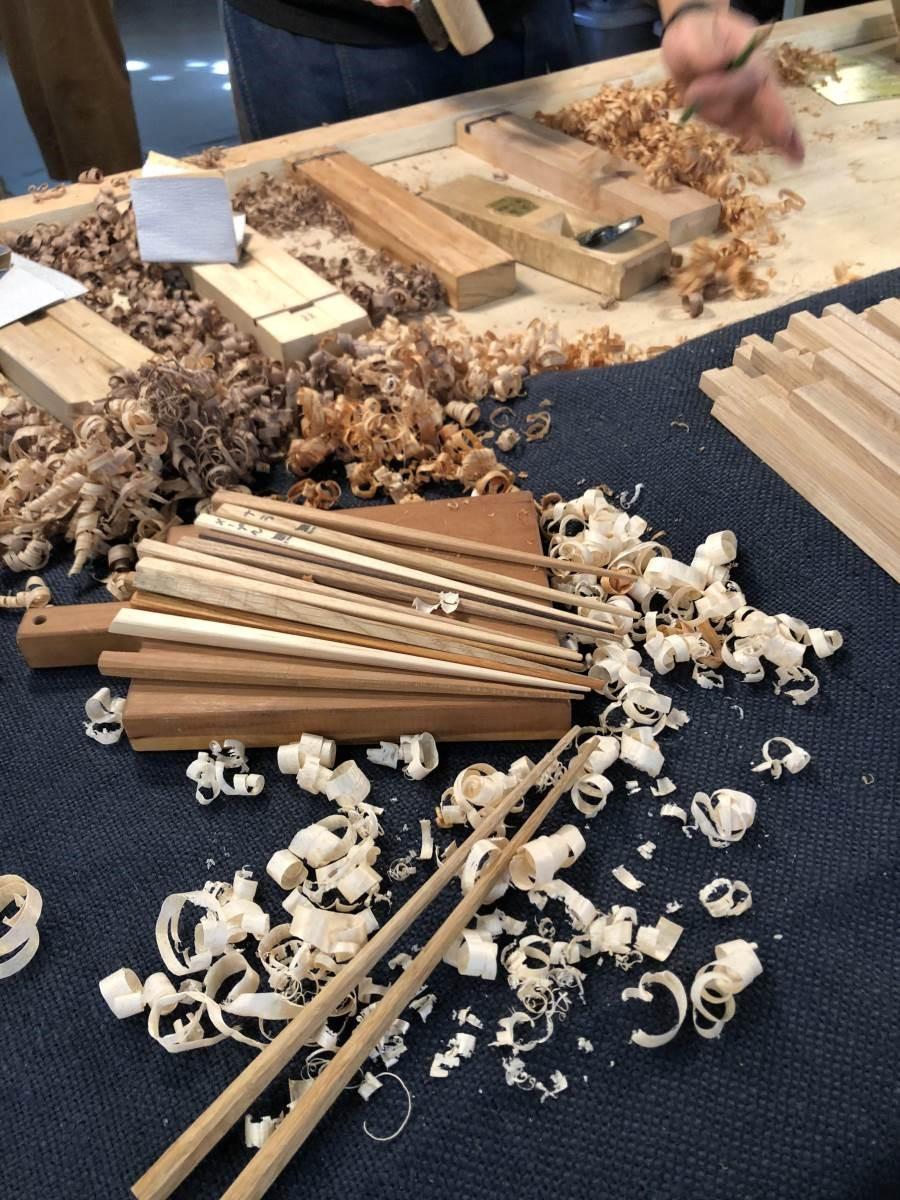 來自日本的「Maker Base」Work shop,由日本老師親自指導,製作一雙專屬於自己的手工筷子!