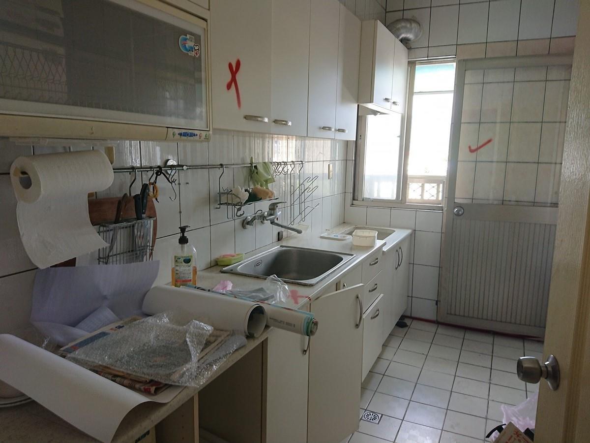 廚房改造前。