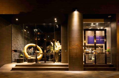 極光般的浪漫 精緻系氣派現代風 橙白室內裝修設計工程有限公司 朱長義、陳欣慧