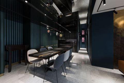 普魯士藍填滿視覺張力 精工混搭現代藝術宅 W&Li Design 十穎設計有限公司 王維綸、李佳穎