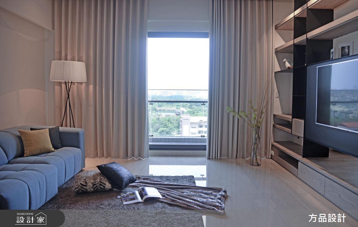 客廳電視牆暗藏新視界!40 坪美型收納現代風居家