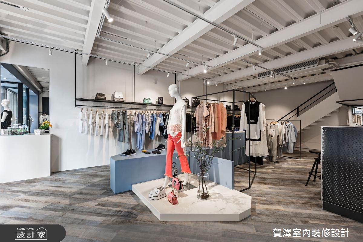 藍天白雲陪你試新衣!歡迎光臨 20 坪小清新服飾店