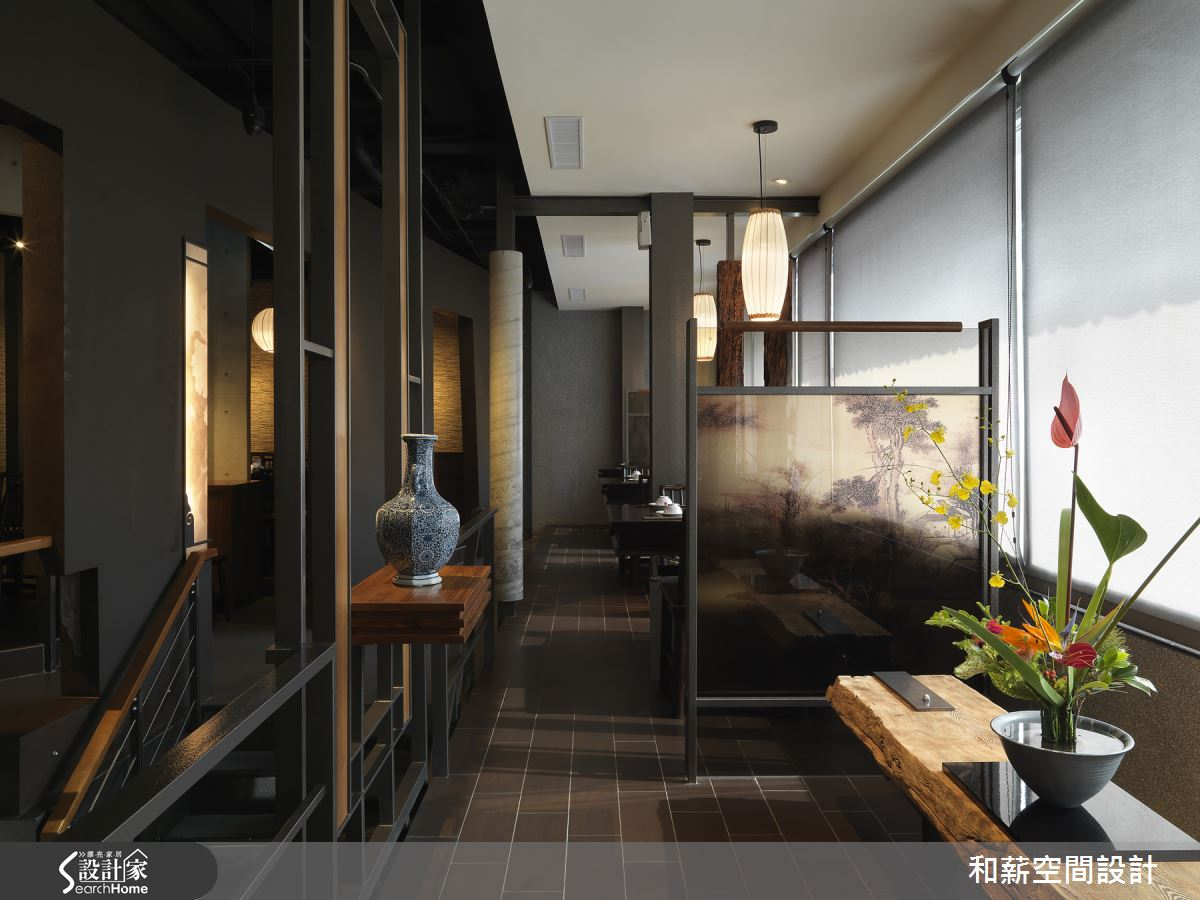 用自然元素塑造東方禪風與詩意交織的精緻鍋物店