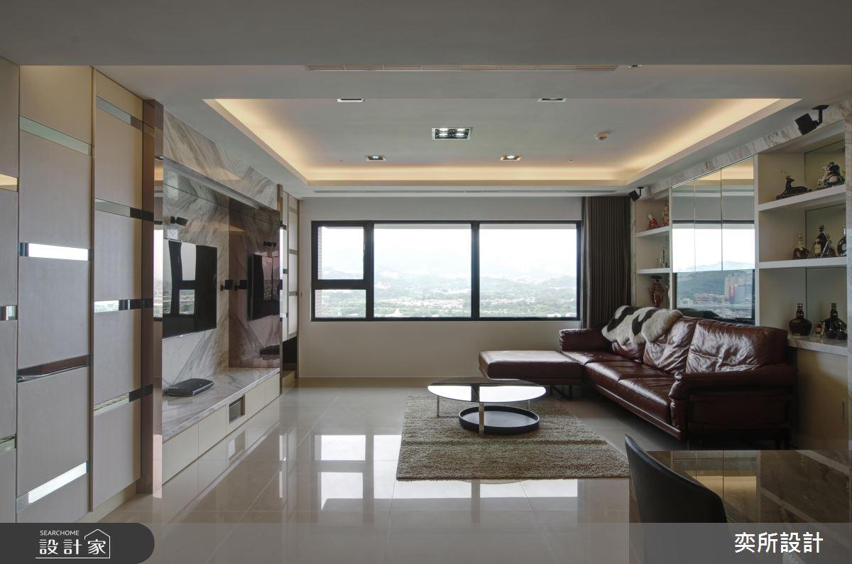 大器石紋遇上鏡面色塊 譜出 27 坪現代宅的優雅層次 !