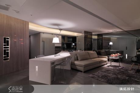 黑灰白卻溫馨!28坪的小家,客廳保留開闊空感