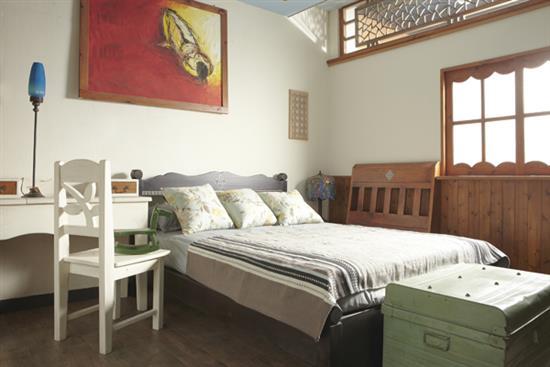【原木工坊 x 客製 原木床組】-床組‧枕被